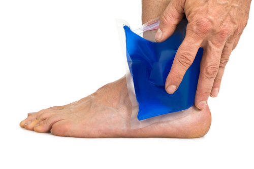 Ice pack on painful foot