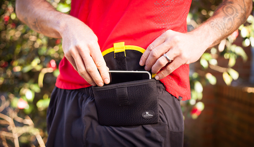 Running buddy pouch details