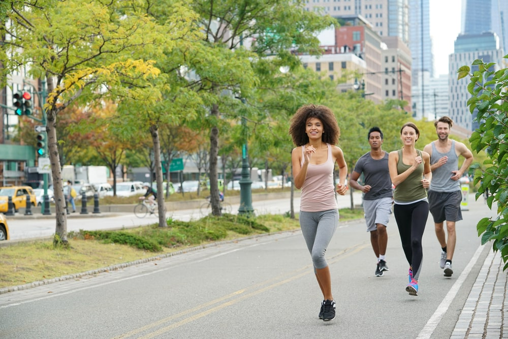 How fast is the average walking speed (+brisk walking pace) - The Pacer  Blog: Walking, Health and Fitness