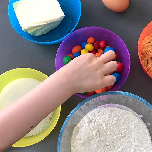 Recette Cookies aux m&m's avec vos enfants