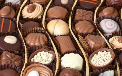 Offrir des chocolats pour un dîner