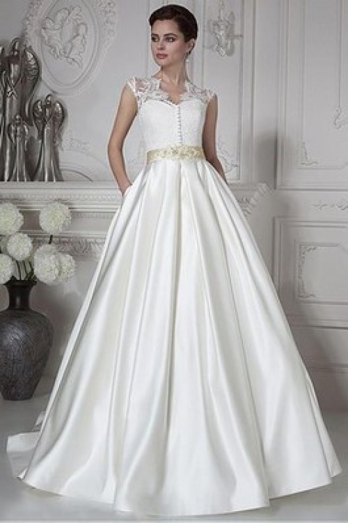 Robe de mariée col en reine