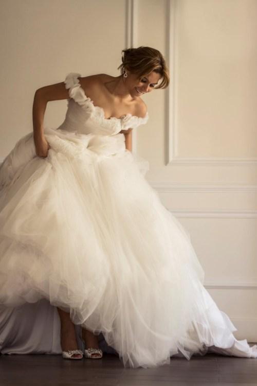 Robe de mariage à épaules tombantes style romantique