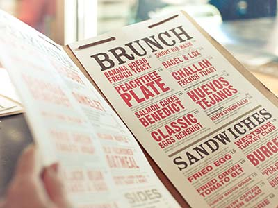 menu de brunch au restaurant