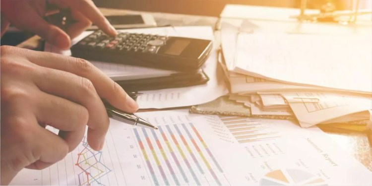 Calculate your expenses and ROI