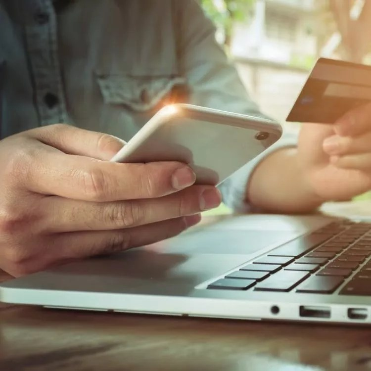 What are the various types of payment gateways