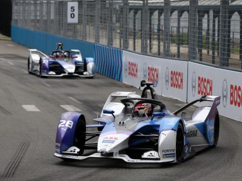 Günther scores only 1 point in Sunday's NYC Formula E race