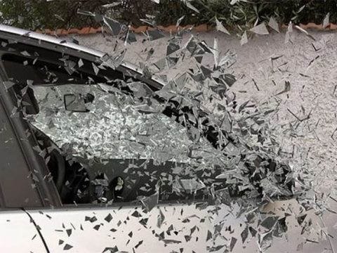 How Long Does It Take to Replace a Windshield : Automotive Addicts