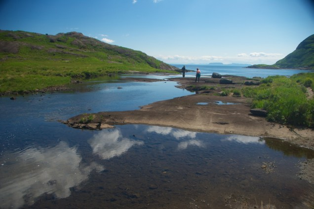 Lochs in Scotland: Beautiful scenery at the Isle of Skye