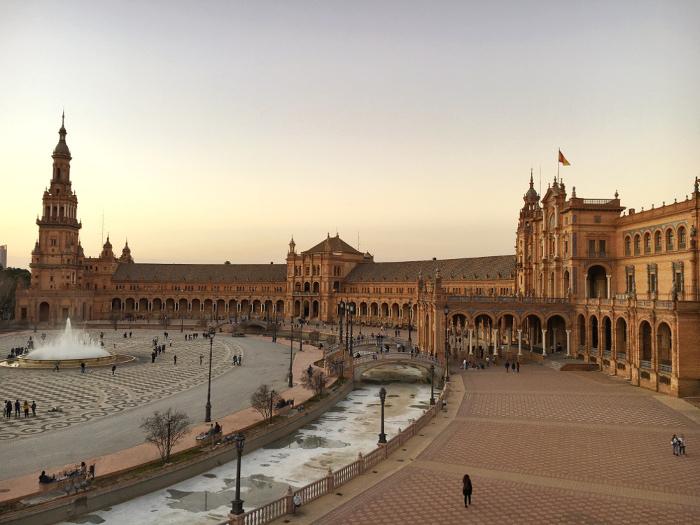 Sosyal Öğrenme, Sevilla ve Yapay Zeka