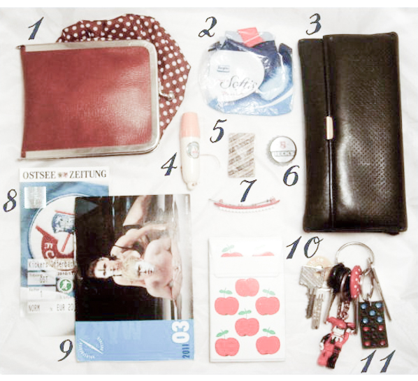 what's in my bag - via naehmarie.de