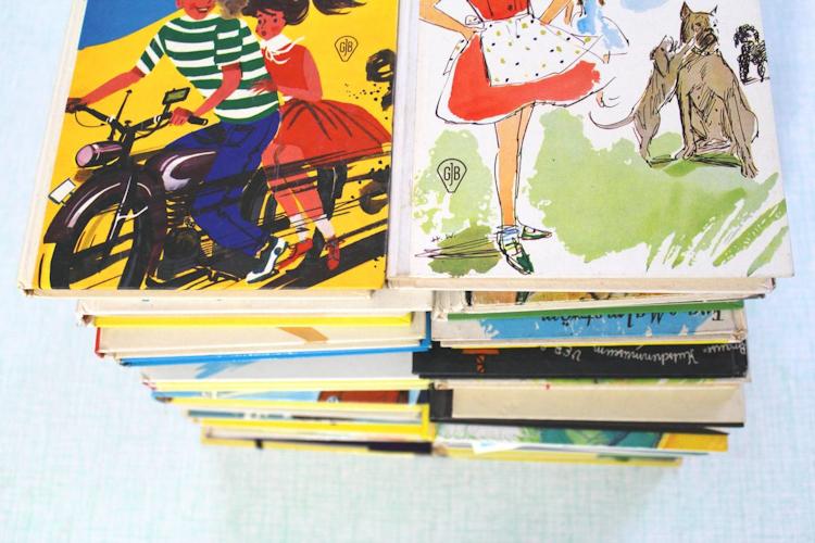 Buch-Hülle für Tablet oder E-Reader {DIY} (14)