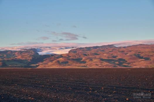 Les montagnes autour de l'épave du DC3