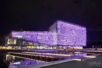 The Icelandic Opera (Harpa) côté ville