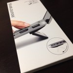 MacBookProを使うなら絶対おすすめ!Bluelounge Kickflip フリップスタンド