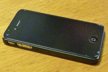 Broken_iphone_01