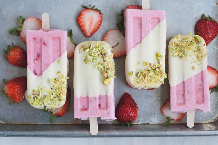 Strawberry Cream Pops