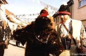 Sachsenheimer Bär mit Treiber