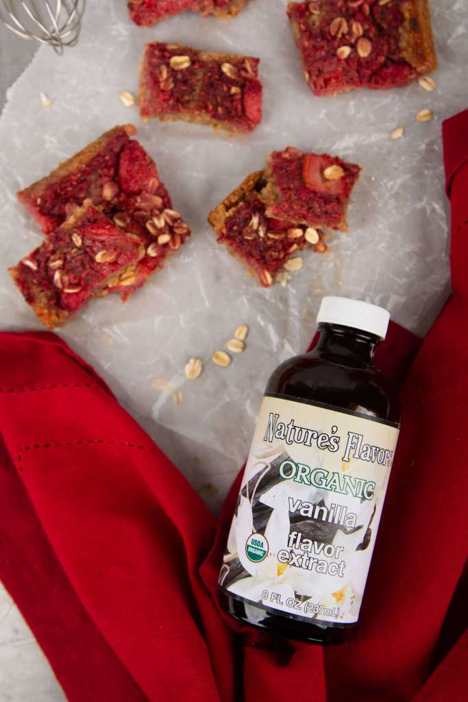 Cinnamon Oat Raspberry Bars