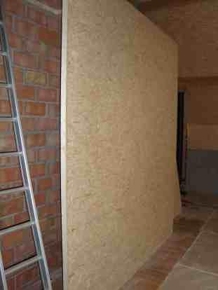 Een muur is voorzien om het porjectiescherm aan op te hangen.