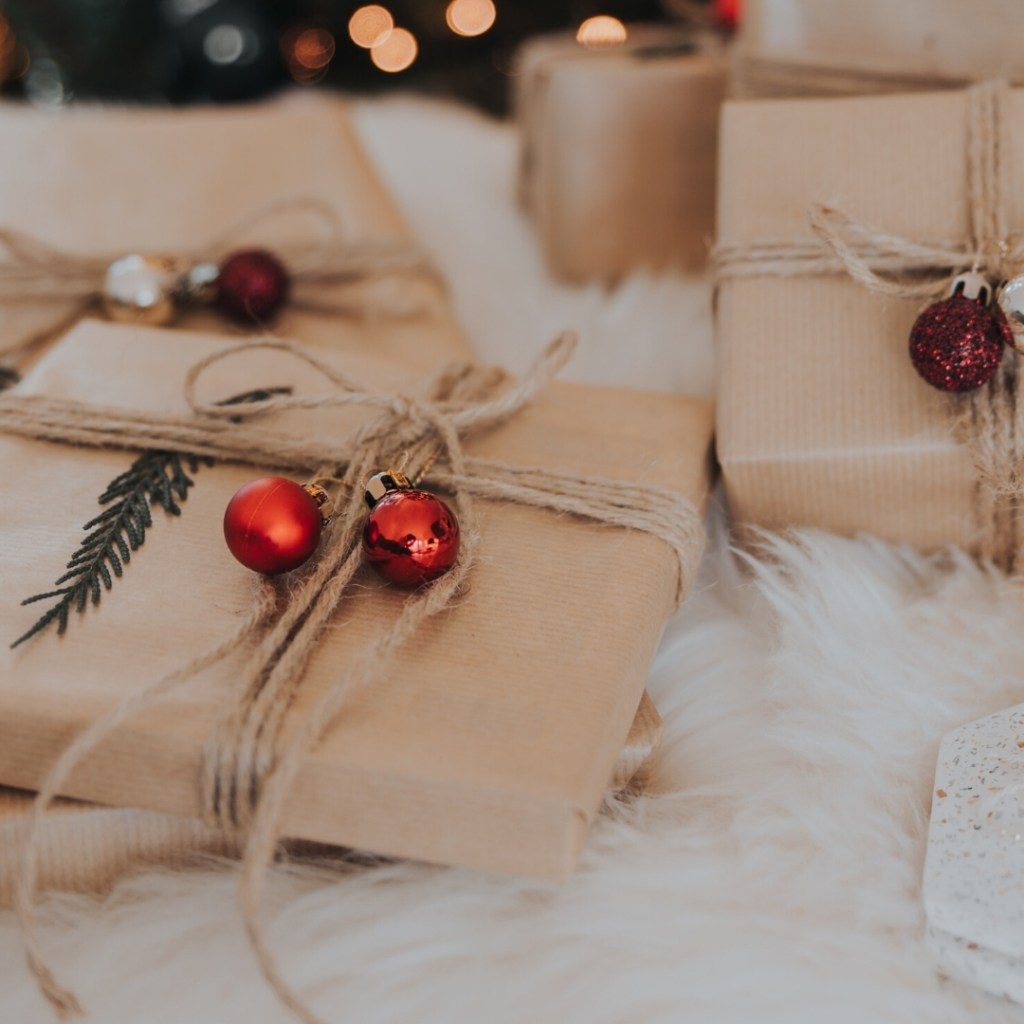 2019 Tech-Savvy Guide to Techie Stocking Stuffers