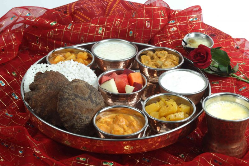 navratra-thali-at-fortune-select-excalibar