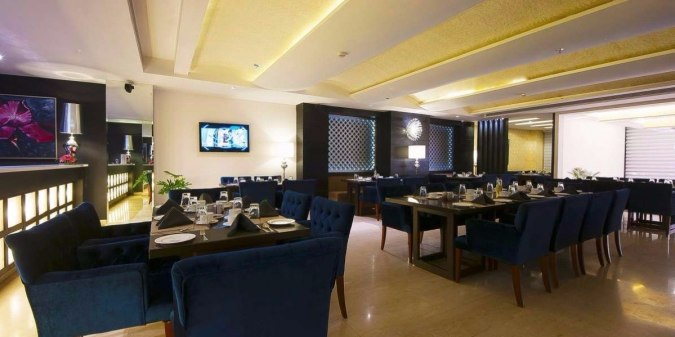 Chandigarhhh! Not Kidding But Caraway Is Offering 4-Course Meals for Just INR 549!!