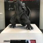 S.H.MonsterArts ゴジラ(2001)はプレミアムバンダイで発売