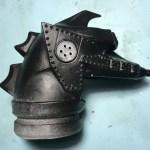 ビリケン商会 メカゴジラⅡ 透明化した耳パーツの加工