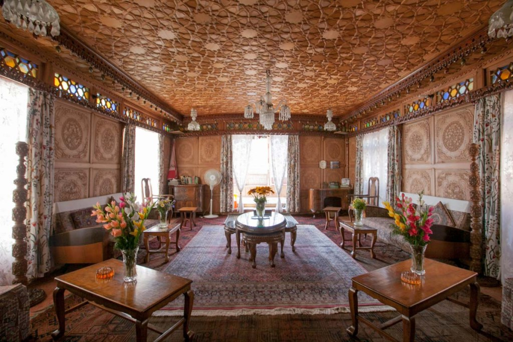 Kashmir Hilton Houseboat Front Room © Nelson Guda 2019