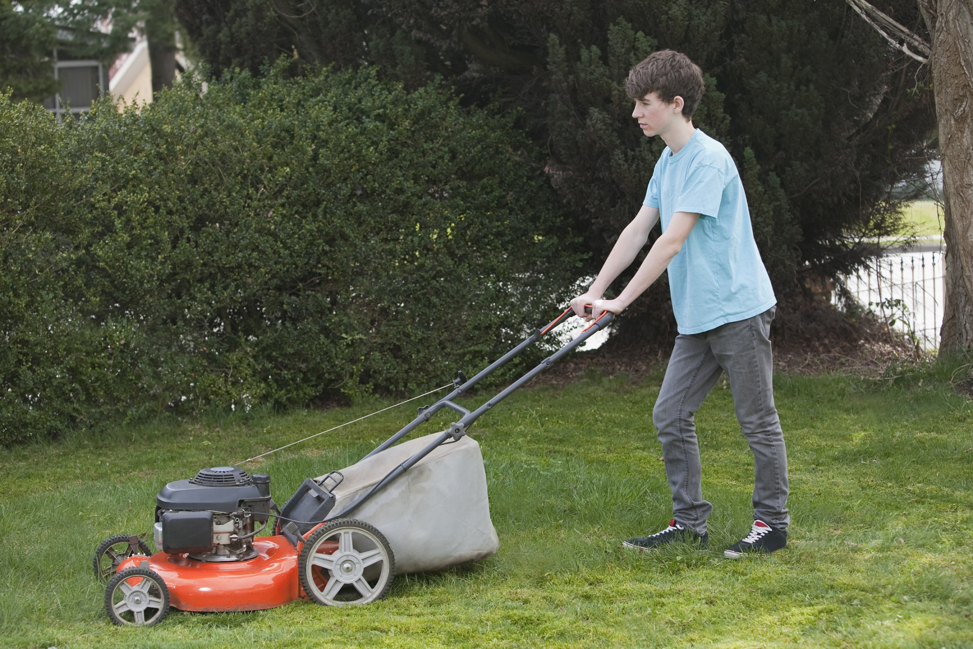 Kids And Lawn Mowers Tips To Stay Safe Promise