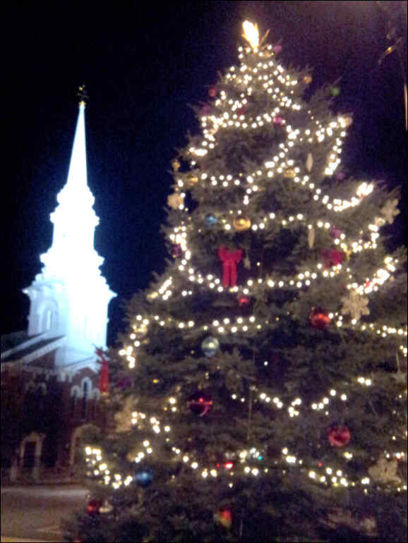 Portsmouth NH downtown Christmas Tree