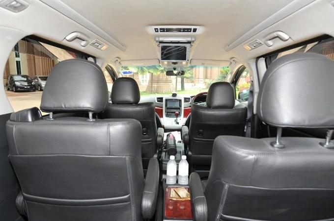 Toyota Vellfire Rental Interior