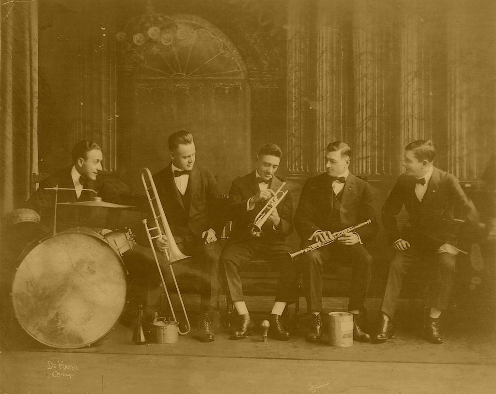 Old jazz band from 1917