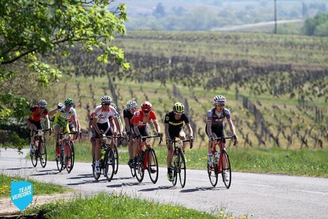 peloton bourgogne cyclo grand trophée