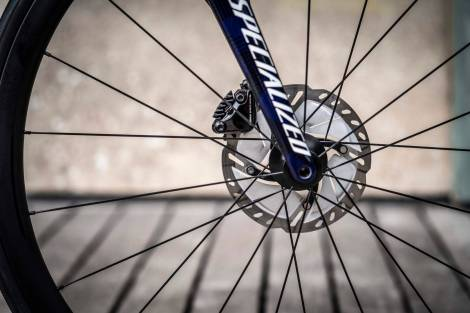 The WolfPack et specialized sworks tamarc disc julian alaphilippe frein à disque