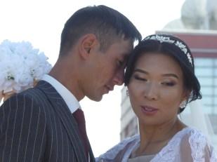 Hochzeitspaar auf der Rundreise auf der Seidenstraße