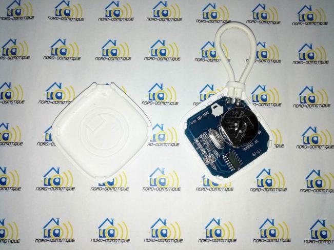 08 Découverte du clavier, des badges RFID et du bouton d'urgence pour l'alarme Avosdim Serenity
