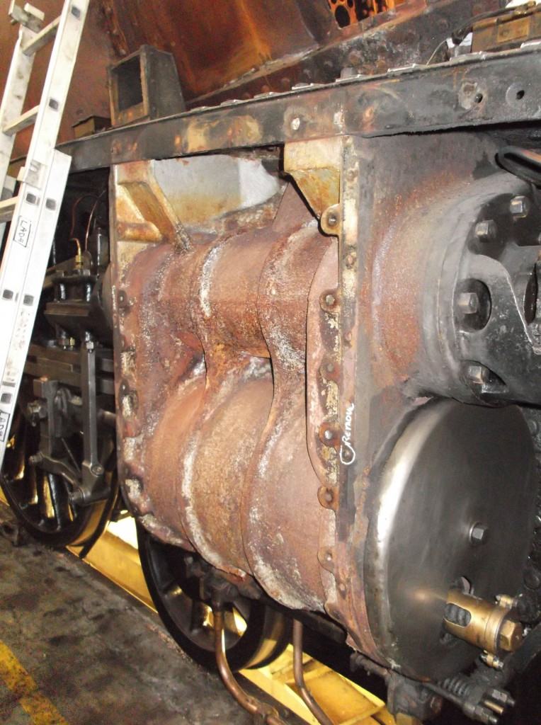 Right hand cylinder cladding removed