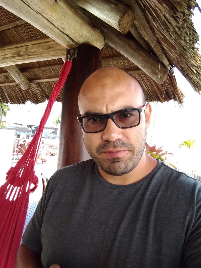 Clientes Nu. David se pregunta si los colombianos van a confiar en la era digital.
