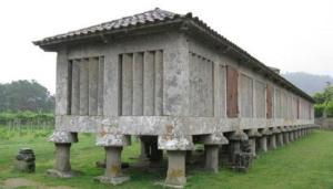 Horreo del Monasterio de Poio - Rías Baixas - Galicia