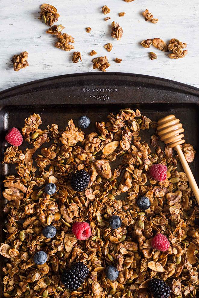 Oats & Honey Granola | Healthy Nibbles & Bits