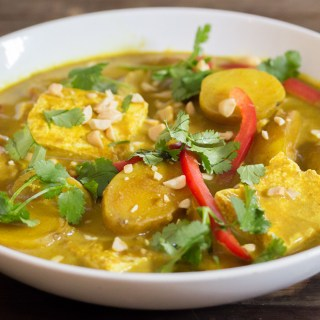 This Vegan Turmeric Thai Curry is Easier Than You Think