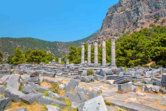 priene antik kenti (2)
