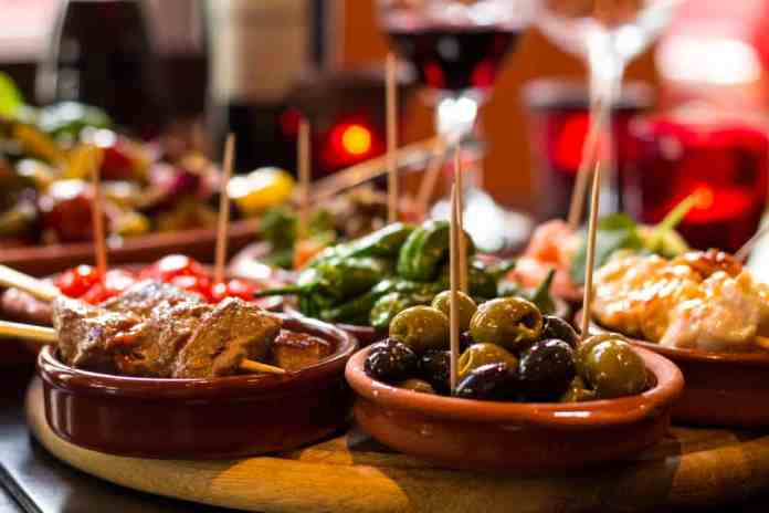 Tapas İspanya Yemeği