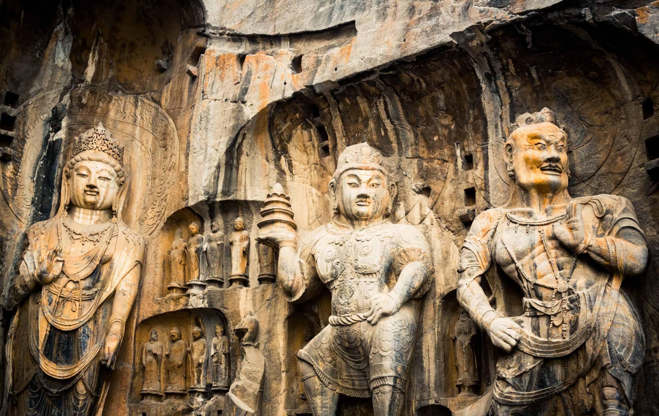 Bingling Grottoes (Bingling - Bin Buda Mağaraları) Lanzhou, Çin.jpeg