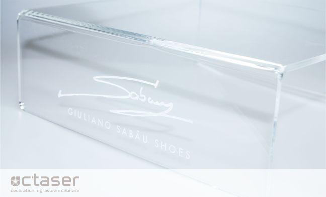 Suport plexiglas turnat gravat laser