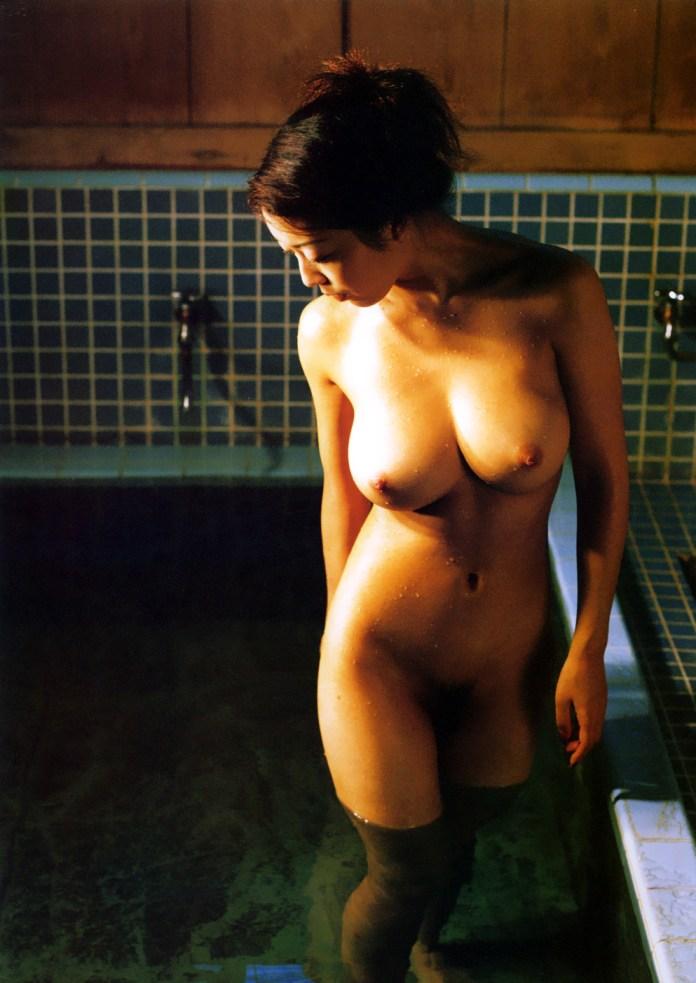 Japanese-gravure-model-AV-actress-Ayaka-Fujisaki-www.ohfree.net-019 Japanese gravure model, AV actress Ayaka Fujisaki 藤崎彩花