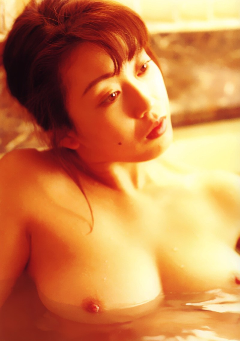 Japanese-gravure-model-AV-actress-Ayaka-Fujisaki-www.ohfree.net-025 Japanese gravure model, AV actress Ayaka Fujisaki 藤崎彩花