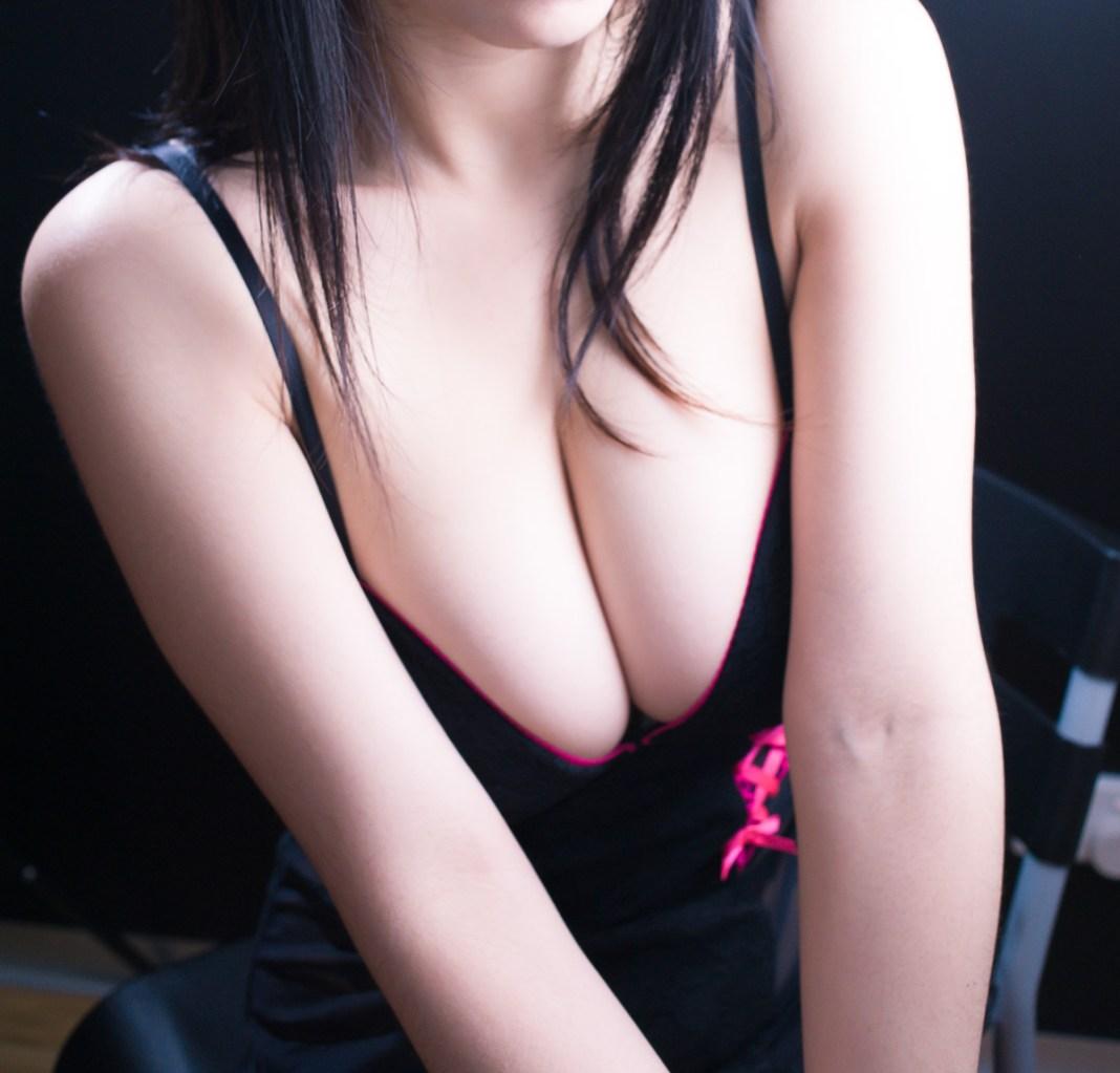 Asian-Model-Jasmine-Lee-Big-Boobs-www.ohfree.net-012 Sexy Asian Model Jasmine Lee Topless Show Big Boobs Photos